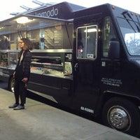 Photo taken at Komodo Food Truck by Ruth N. on 1/31/2014