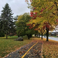 Photo taken at Pointe-Claire by Caner S. on 10/13/2016