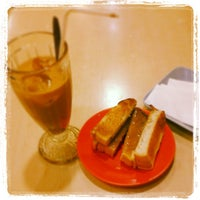 Photo taken at Kimteng Coffee by Ririe V. on 4/21/2013