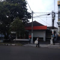 Photo taken at NIAGA KCP RIAU by Hendra C. on 10/28/2012