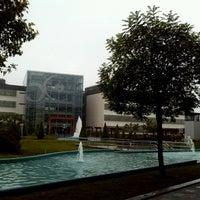 Photo taken at Universidad de Lima- Estacionamiento Cruz del Sur by Nathaly C. on 5/22/2013