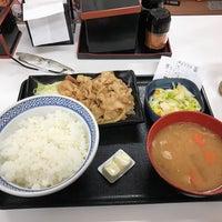 Photo taken at Yoshinoya by alphonse_k38 on 10/1/2016