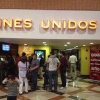 Das Foto wurde bei Cines Unidos von José L. H. am 11/29/2014 aufgenommen