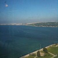 3/29/2013 tarihinde Emel S.ziyaretçi tarafından Megapol Tower'de çekilen fotoğraf