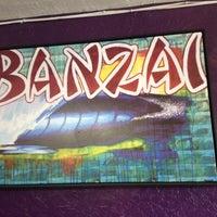 Das Foto wurde bei Banzai Bowls von Lisa E. am 5/18/2014 aufgenommen