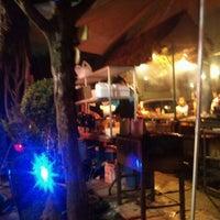Foto tomada en Rocking Burgers por Mario C. el 10/13/2012