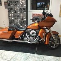 Photo taken at Jim's Harley-Davidson of St. Petersburg by Michael on 1/25/2016