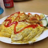 Photo taken at L.K Maju Restaurant by Matt on 3/16/2013