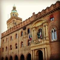 Foto scattata a Piazza Maggiore da Roberta il 12/12/2012