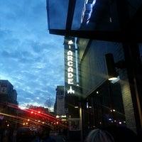 Das Foto wurde bei Ground Kontrol Classic Arcade von Alyssa L. am 3/25/2013 aufgenommen