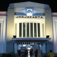 Photo taken at Stasiun Yogyakarta Tugu by Ålif Z. on 6/3/2013