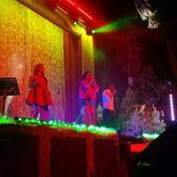 Photo taken at Romanoff Restaurant by Ilan E. on 12/7/2014