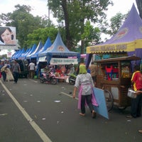 Photo taken at Ijen Car Free Day by Sudarsono on 3/17/2013