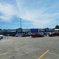 Photo taken at Walmart Supercenter by Jeff on 4/8/2017
