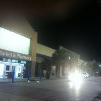 Photo taken at Walmart Supercenter by Ludgard J. on 7/15/2013