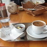 3/20/2013 tarihinde Medine K.ziyaretçi tarafından Lunchbox'de çekilen fotoğraf