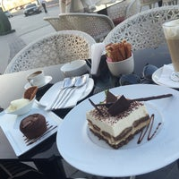 Photo taken at FERRE\CAFFÉ by Ahmed on 3/6/2015