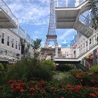 Photo taken at Barra World Shopping by Dudu G. on 3/1/2013