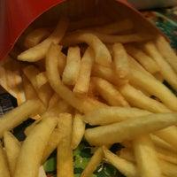 Photo taken at McDonald's by Gustavo Berti on 1/29/2013