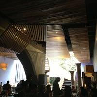 Foto tomada en MX Restaurante por Victor R P. el 7/20/2013