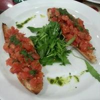Photo taken at Pizzeria Il Pomodoro by Natalia P. on 12/6/2012