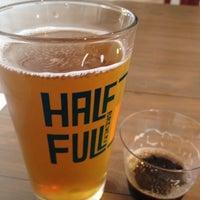9/15/2012にJorgeがHalf Full Breweryで撮った写真
