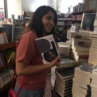 Photo taken at Librería Del Fondo De Cultura Economica by Gustavo R. on 3/12/2017