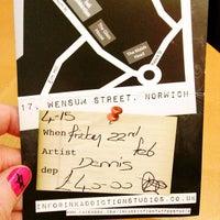 Foto tomada en Starbucks por nearsbigsister el 2/22/2013