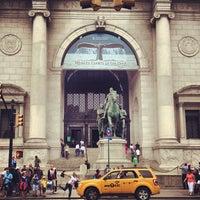 Foto tirada no(a) Museu Americano de História Natural por Gabriela em 6/16/2013