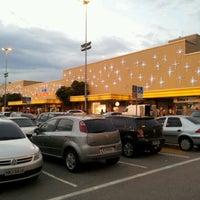 Foto tirada no(a) Shopping Center Norte por eric f. em 12/12/2012