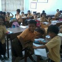 Photo taken at Kelas 2 SD N 01 Alastuwo by Yunita A. on 9/14/2012