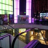 2/8/2013 tarihinde Sema A.ziyaretçi tarafından Cinemaximum'de çekilen fotoğraf