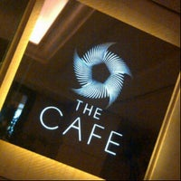 Foto tirada no(a) The Café -  Hotel Mulia Senayan, Jakarta por Yudith A. em 6/2/2013