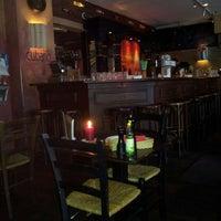 Das Foto wurde bei Cubano Bar y Restaurante von Sindy S. am 4/8/2013 aufgenommen