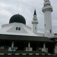 Photo taken at Masjid At-Taqwa by SoftSweetMa ♥. on 1/19/2013
