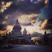 Снимок сделан в Исаакиевская площадь пользователем Олег Ц. 6/17/2013