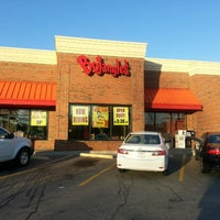 Photo taken at Bojangles' Famous Chicken 'n Biscuits by DC B. on 3/9/2013