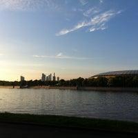 5/26/2013 tarihinde Sveta K.ziyaretçi tarafından Vorobyovy Gory'de çekilen fotoğraf