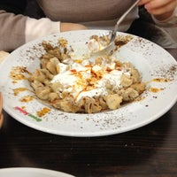 รูปภาพถ่ายที่ Green Salads โดย Bahar เมื่อ 12/23/2012