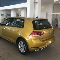 Photo taken at Volkswagen Lena Otomotiv by Ali Ç. on 10/23/2017