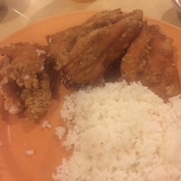 Photo taken at Chicken Chicken by Monique Vhalerie O. on 12/8/2015