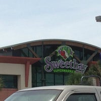 Photo taken at Winn-Dixie Supermarket by Sharon N. on 5/26/2013