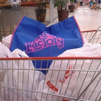 Foto tomada en Robinsons Otis Supermarket por Elsa C. el 12/22/2012
