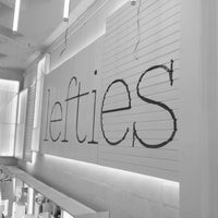 Photo taken at Lefties by Alejandro J. on 3/26/2014