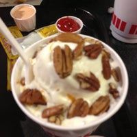 Photo taken at Freddy's Frozen Custard & Steakburgers by Annabel on 3/6/2013