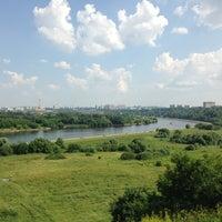 Das Foto wurde bei Kolomenskoje von Anna am 6/29/2013 aufgenommen
