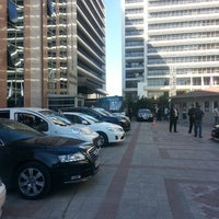 Foto scattata a Boğaziçi Elektrik Genel Müdürlüğü (Bedaş) da Hakan A. il 9/5/2013