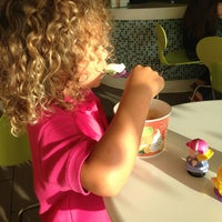 Photo taken at Tutti Frutti Pinecrest by Claudia S. on 9/13/2013