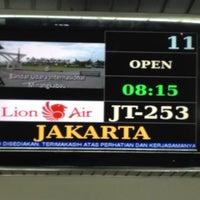 Photo taken at JT351 Padang - Jakarta / Lion Air by Rofik H. on 9/18/2012
