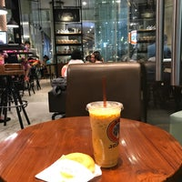 Photo taken at J.Co Donuts & Coffee by Haritso on 7/24/2017